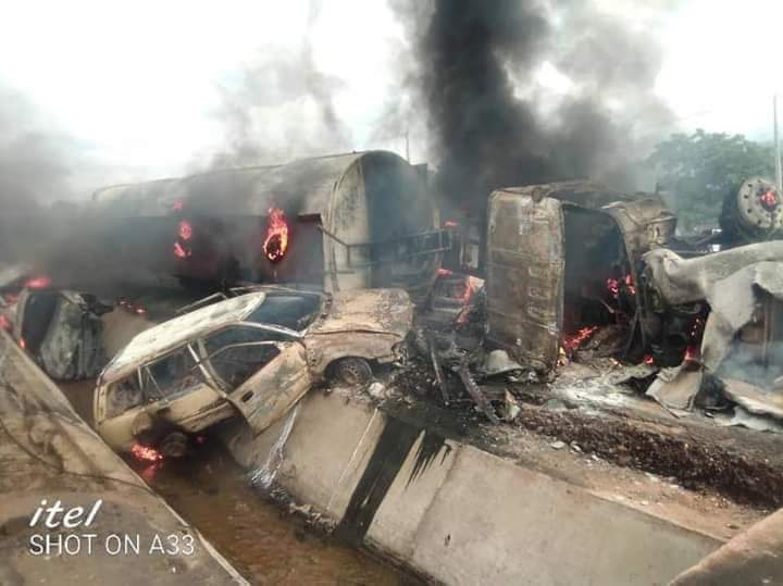 Wreckage of cars and the petrol tanker that exploded in Lokoja