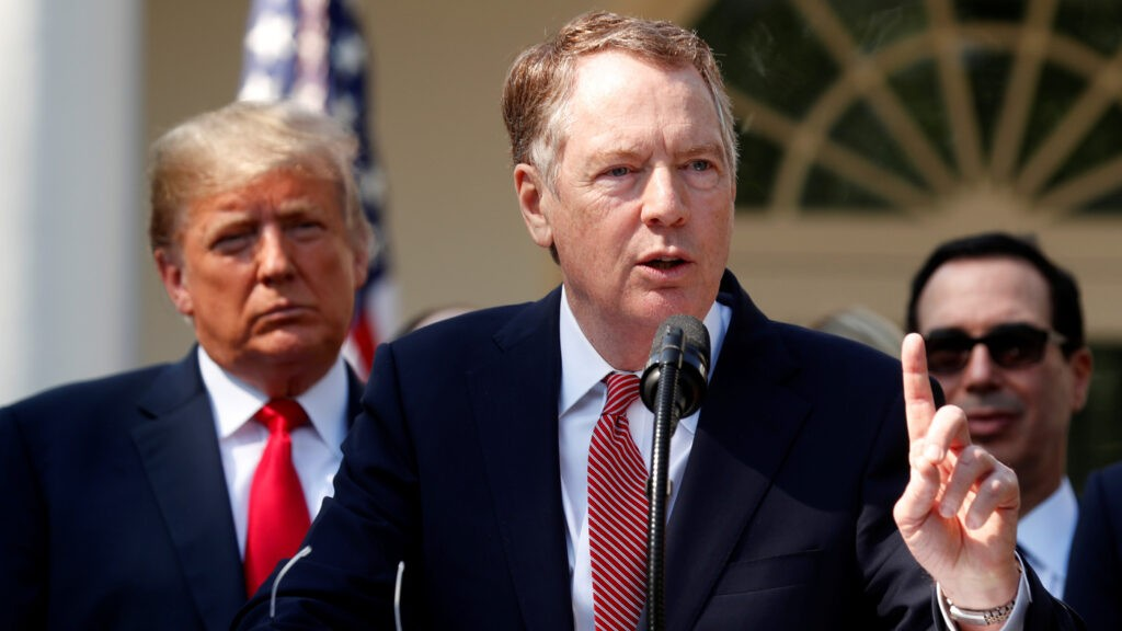 U.S. Trade Representative Robert Lighthizer discusses the United States-Mexico-Canada Agreement as President Trump and Treasury Secretary Steven Mnuchin look on.