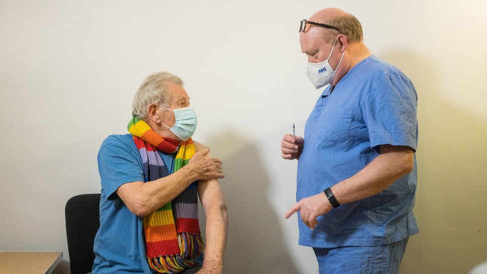 Sir Ian McKellen, Lord of the Rings star, receives COVID-19 vaccine